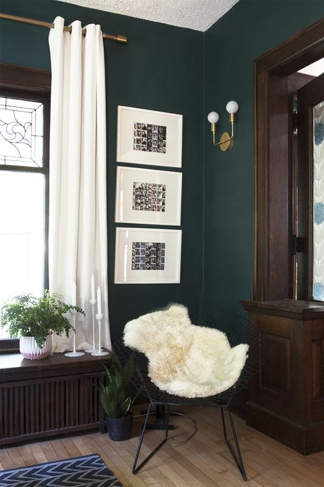 DIY Light Fixture : Brass Sconce - Deuce Cities Henhouse - Instructions and Parts list for a DIY Brass wall sconce Living Room Green, Bedroom Green, Green Rooms, Bedroom Decor, Emerald Green Bedrooms, Dark Green Living Room, Dark Wood Bedroom, Green Dining Room, Green Accent Walls