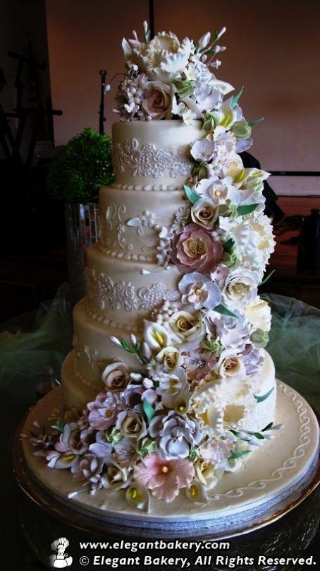Traditional Greek Wedding Cakes Traditional Wedding Cakes Soweto Gold Cake Topper Wedding Cake Cool Wedding Cakes