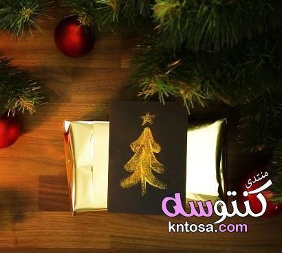 طريقة عمل شجرة مجسمة افكار لعمل مجسم شجرة عمل شجرة من الكرتون فكرة روعه لعمل شجرة الكريسماس Christmas Ornaments Holiday Decor Christmas
