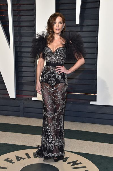 Kate Beckinsale in Zuhair Murad at the Vanity Fair Oscar Party - The Most Daring Red Carpet Gowns of 2017 - Photos