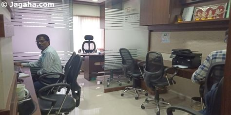 Office on Rent in Andheri - 400 sq ft
