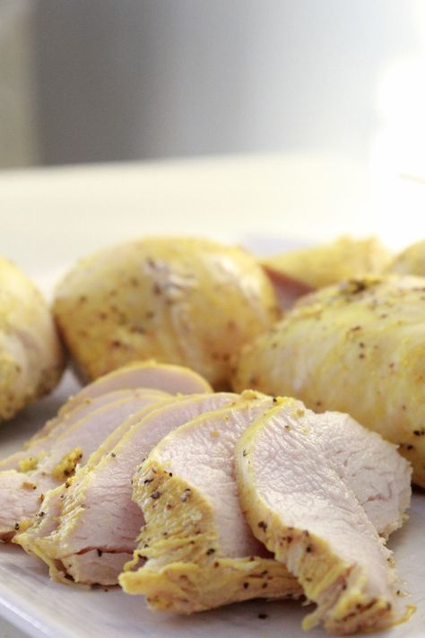 Delicious juicy baked chicken breasts! No marinade required; perfect for weightloss/meal preps