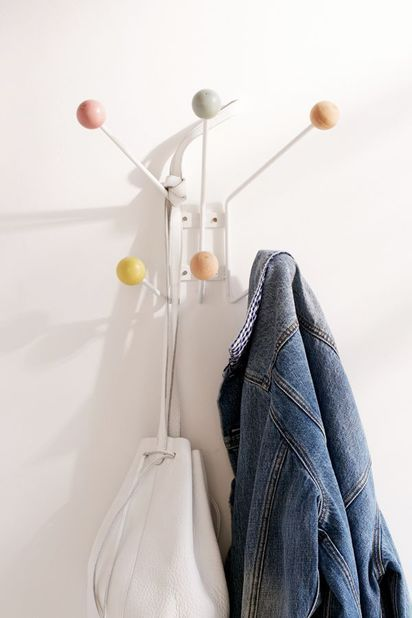 Let S Hook Up 22 Cool Wall Hooks To Keep You Organized Wall