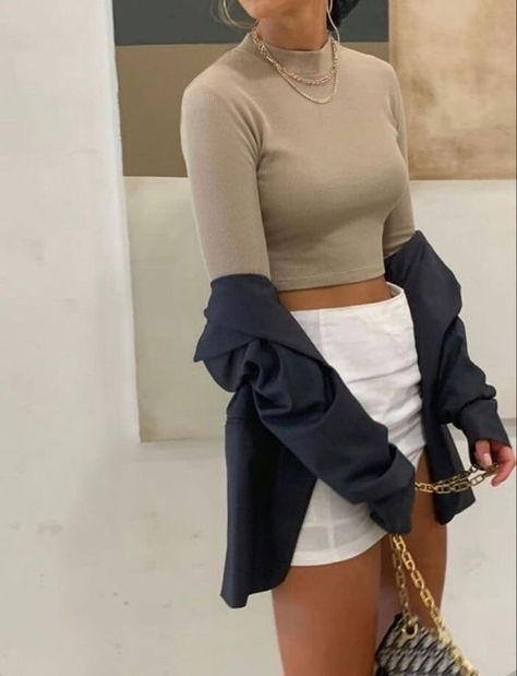 Fashion Tips For Teenagers .Fashion Tips For Teenagers Bustier Outfit, Rave Outfit, Cochella Outfits, Cute Casual Outfits, Summer Outfits, Stylish Outfits, Fashion 2020, Look Fashion, Autumn Fashion