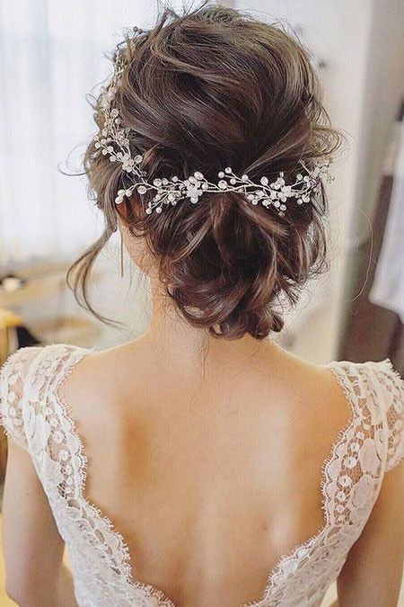 Wedding Hairstyles For Short Hair The Undercut Short Hair Bride Wedding Hairstyles With Veil Short Wedding Hair