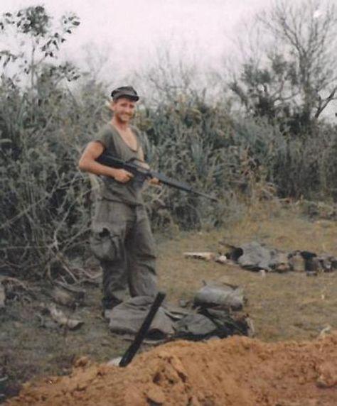 Virtual Vietnam Veterans Wall of Faces | THOMAS V MALLOY | MARINE CORPS