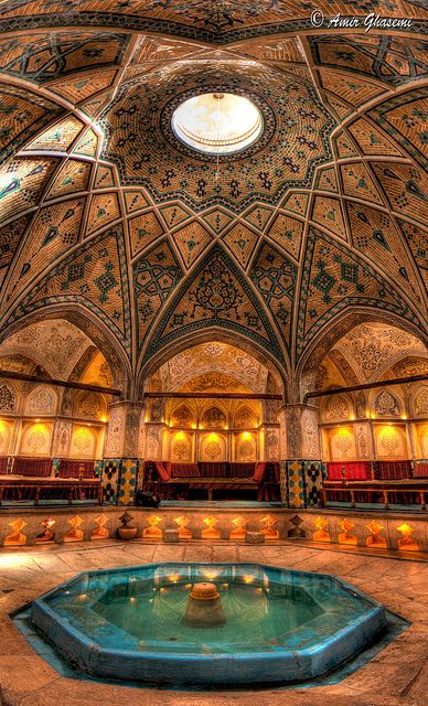Iranian Bath House - places, travel and &tc lugares, viagens e &tc - Architecture Persian Architecture, Beautiful Architecture, Beautiful Buildings, Art And Architecture, Beautiful Places, Historical Architecture, Magic Places, Places To Go, Iran Travel