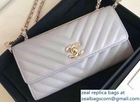 84fa584c212 Chanel Chevron Trendy CC Wallet On Chain Flap Bag Light Gray 2018 ...