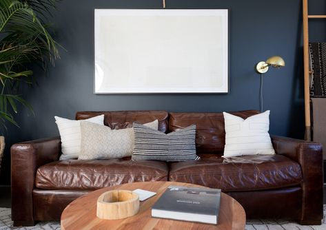 Nice Mix - Pierce Brown's Bachelor Pad Brings The Drama To A Cali Cool Space - Photos