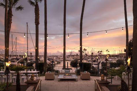 Luxury Hotels & Resorts   The Ritz-Carlton