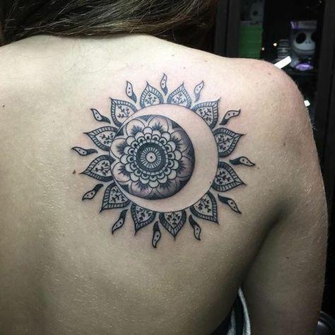 10 Idees De Tatouage Soleil Lune Tatouage Soleil Lune Tatouage Petit Tatouage