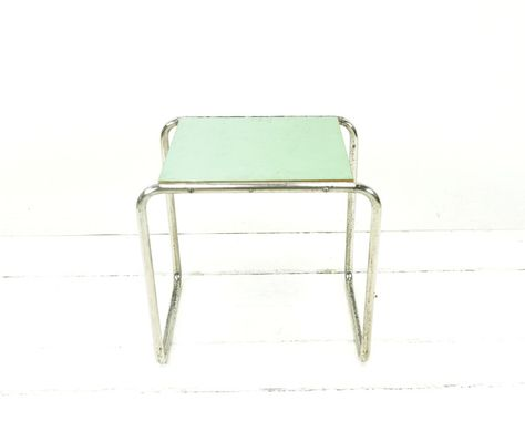 Vintage Tische Kleiner Bauhaus Tisch Originalzustand Ein