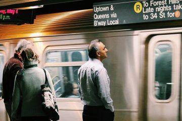 Todo Lo Que Estás Haciendo Mal Al Viajar Según Anthony Bourdain Metro De Nueva York Mapa Del Metro Viaje A Europa