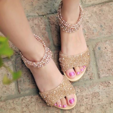 Awesome Flat Sandals  d6df1355ae9e