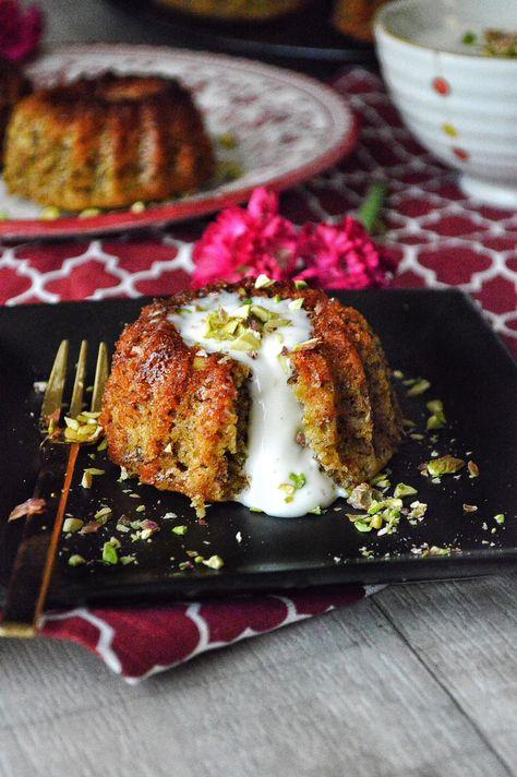 Pistachio Cake with Mohallabieh Cream – Savory&SweetFood Eid Dessert Recipes, Indian Desserts, Delicious Desserts, Moroccan Desserts, Arabic Dessert, Arabic Sweets, Arabic Food, Cupcakes, Cupcake Cakes