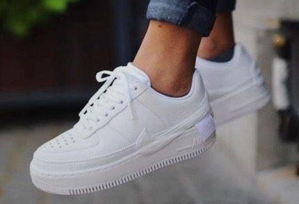 The 15 Best White Sneakers to Kick Off 2021! in 2021 | Nike shoes ...