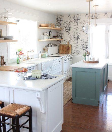 Floral Wallpaper In Farmhouse Style Kitchen Via The Festive Farmhouse Farmhouse Style Kitchen Home Decor Kitchen Home