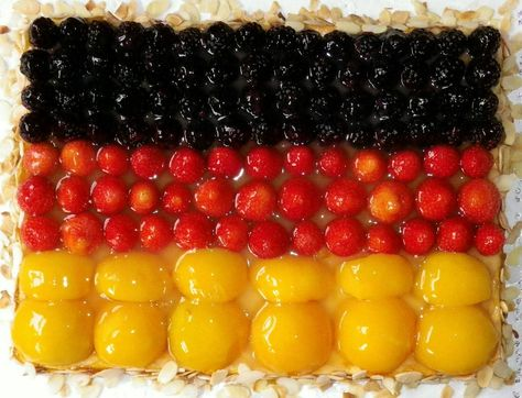German cake in the german colors - find German recipes in English @ www.mybestgermanrecipes.com