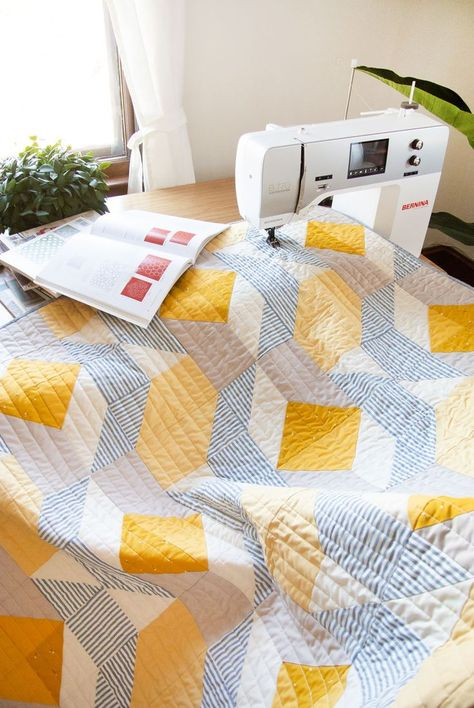 Learn to quilt like a pro on your domestic sewing machine at home. Here are the 5 best books to get you on your way.