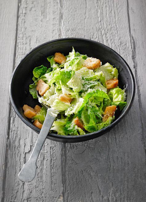 Caesars Salad, ein schönes Rezept aus der Kategorie Gemüse. Bewertungen: 14. Durchschnitt: Ø 4,3.