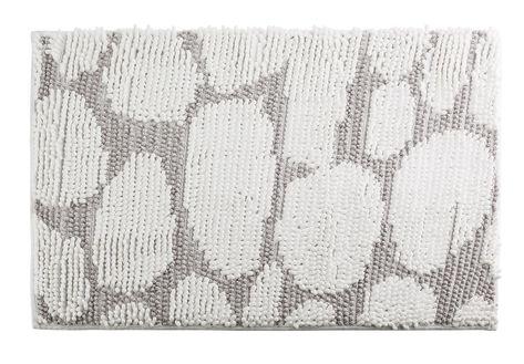 Tapis De Salle De Bain 50x80 Motif Galets Gris Et Blanc Galets Avec Images Tapis Salle De Bain Amenagement Salle De Bain Tapis