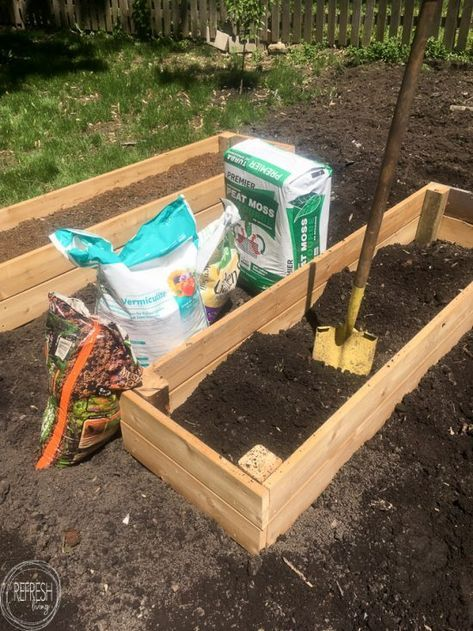 Diy Raised Garden Bed And An Easy Soil Mixture Blend To Fill It