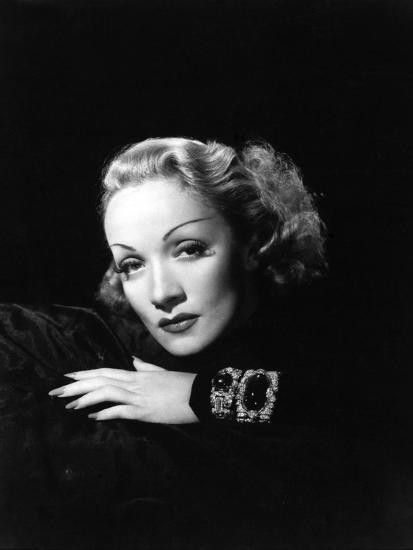 Poster Dietrich Em 2020 Iluminacao Fotografia Rosto Atrizes
