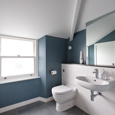 If You Re Wanting To Refresh Your Bathroom With A New Paint Job The Large Variety Of Color A Bathroom Design White Bathroom Colors Bathroom Color Schemes