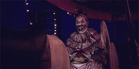 17 WTF Moments That Made American Horror Story: Freak Show More Twisted Than Scary