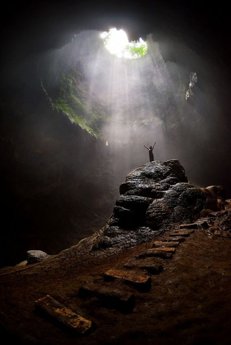 The heavenly light in Grubug Cave / Indonesia (by. The heavenly light in Grubug Cave / Indonesia (by Andrew JK Tan). Minecraft World, Beautiful World, Beautiful Places, Landscape Photography, Nature Photography, Portrait Photography, Travel Photography, Wedding Photography, Fantasy Landscape