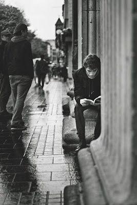 Pin en Lectores en blanco & negro