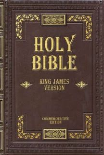 Bibles Make Great Gifts - 5 Different Types Reviewed