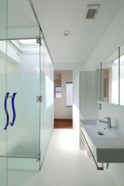 透け感が人気 バスルームの ガラス扉 大特集 家 シンプル バス