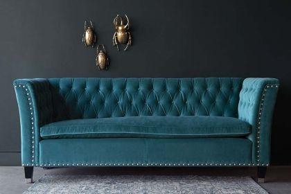 Higgins Chesterfield Sofa In Porto Graphite Velvet Fabric Roger Chris Oturma Odasi Fikirleri Mobilya Luks Oturma Odalari