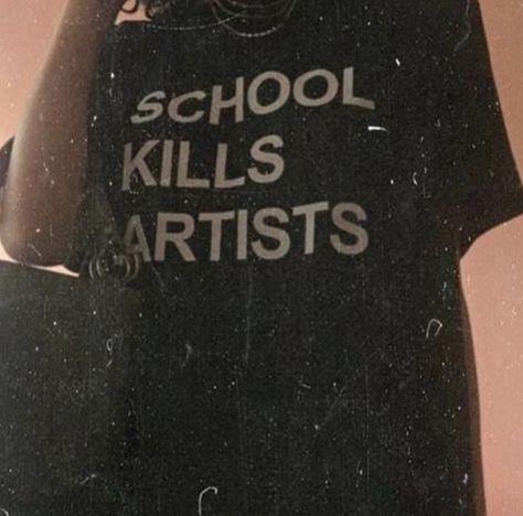 "SCHOOL KILLS ARTISTS"" TEE from NEW ARRIVAL"