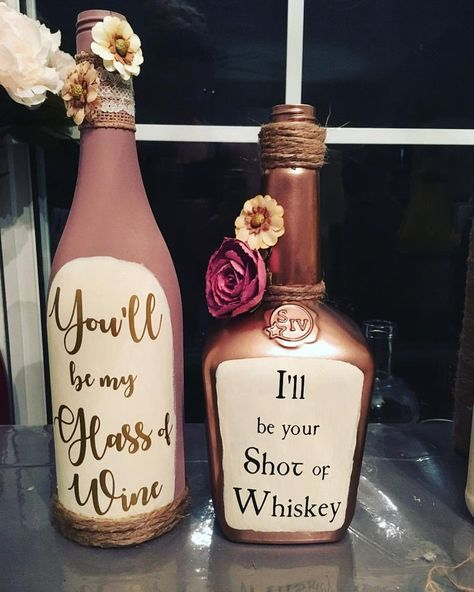 Decorated Wine Bottles with Quotes bottle Crafts Decorated Wine Bottles with QuotesYou can find Wine and more on our website.Decorated Wine Bottles with Quotes bottle Crafts. Diy Wedding, Rustic Wedding, Wedding Ideas, Dream Wedding, Wedding Gift Ideas For Bride And Groom, Perfect Wedding, Liquor Bottle Crafts, Diy Wine Bottle, Wine Bottle Decorations