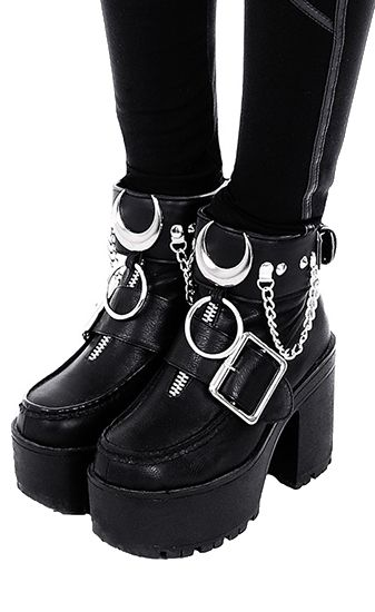 Gothic shoes, Goth shoes, Goth boots