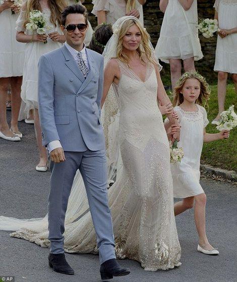 Vestito Da Sposa Kate Moss.Le Nozze Vintage E Rock Di Kate Moss Abiti Da Sposa Delle