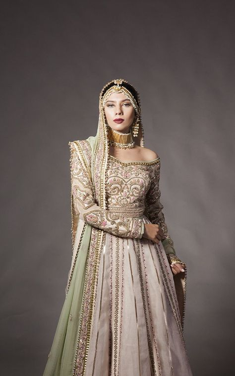 You will find traditional looks with mixture of latest trends in these Fahad Hussayn bridal Dress Designs 2018 for Girls. Showcased six Bridal Wear Dress Designs in this article, every dress is highly.