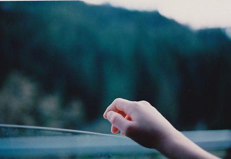 fingertips (california, 2010), © Olivia Bee