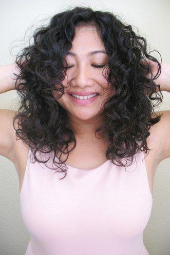 Naturalcurlyhair Natural Curly Hair Asian Japanese Hairstyle Curly Hair Model Short Wavy Haircuts