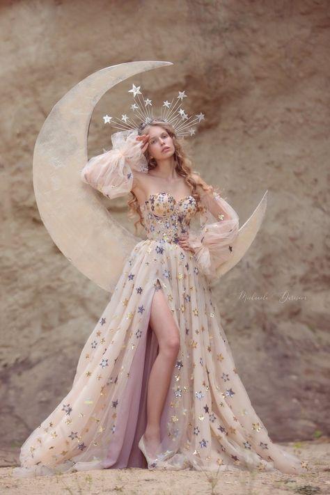 Elegant Dresses, Pretty Dresses, Beautiful Dresses, Formal Dresses, Wedding Dresses, Colored Wedding Gowns, Unique Dresses, Long Fancy Dresses, Prom Dresses Long Sleeve
