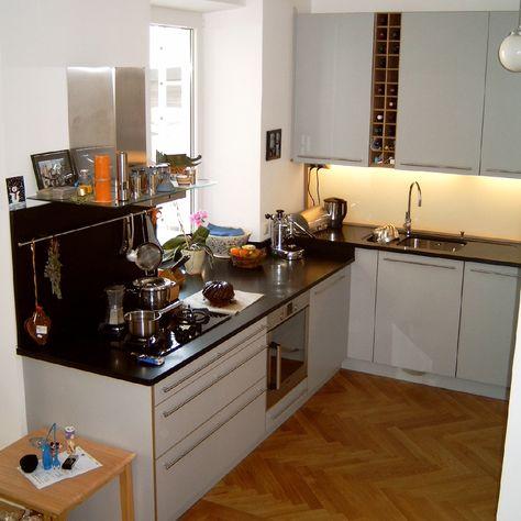 Küche in weiß #Hochglanz mit #Steinarbeitsplatte L+S   Küchen - küchenzeile weiß hochglanz