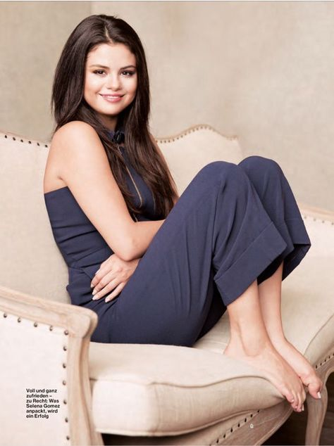 Share, rate and discuss pictures of Selena Gomez's feet on wikiFeet - the most comprehensive celebrity feet database to ever have existed.