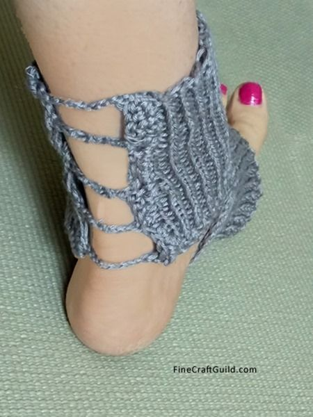 Easy Yoga Socks Knitting Pattern 2 Needles Not In The Round