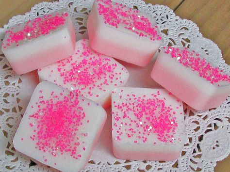 PINK SUGAR Type Scented Square Wax Tart Melts by DreamsMakeScents