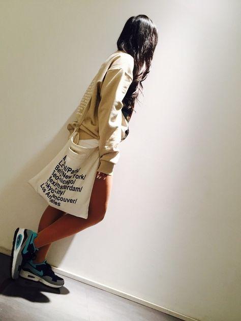 玲奈 Nikeのスニーカーを使ったコーディネート 画像あり ヘアバンド ファッション ファッションコーディネート