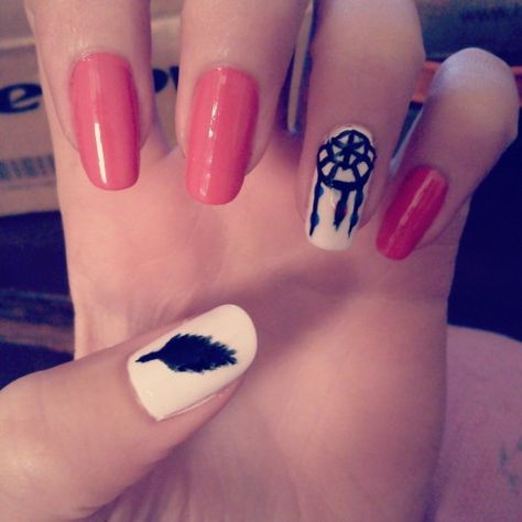 Find images and videos about beautiful, nails and feather on We Heart It - the app to get lost in what you love.