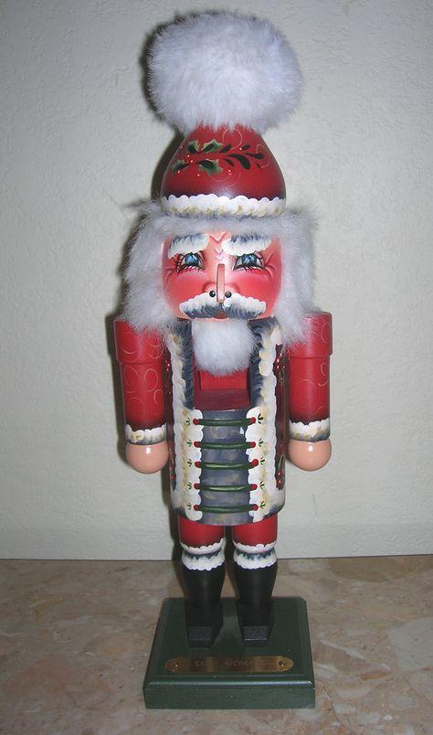 Santa - Milford Nutcracker