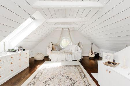 5 Reasonable Clever Tips Finished Attic Built Ins Cozy Attic Layout Attic Organization Beds Attic Dormer Be Attic Bedroom Designs Attic House Attic Renovation